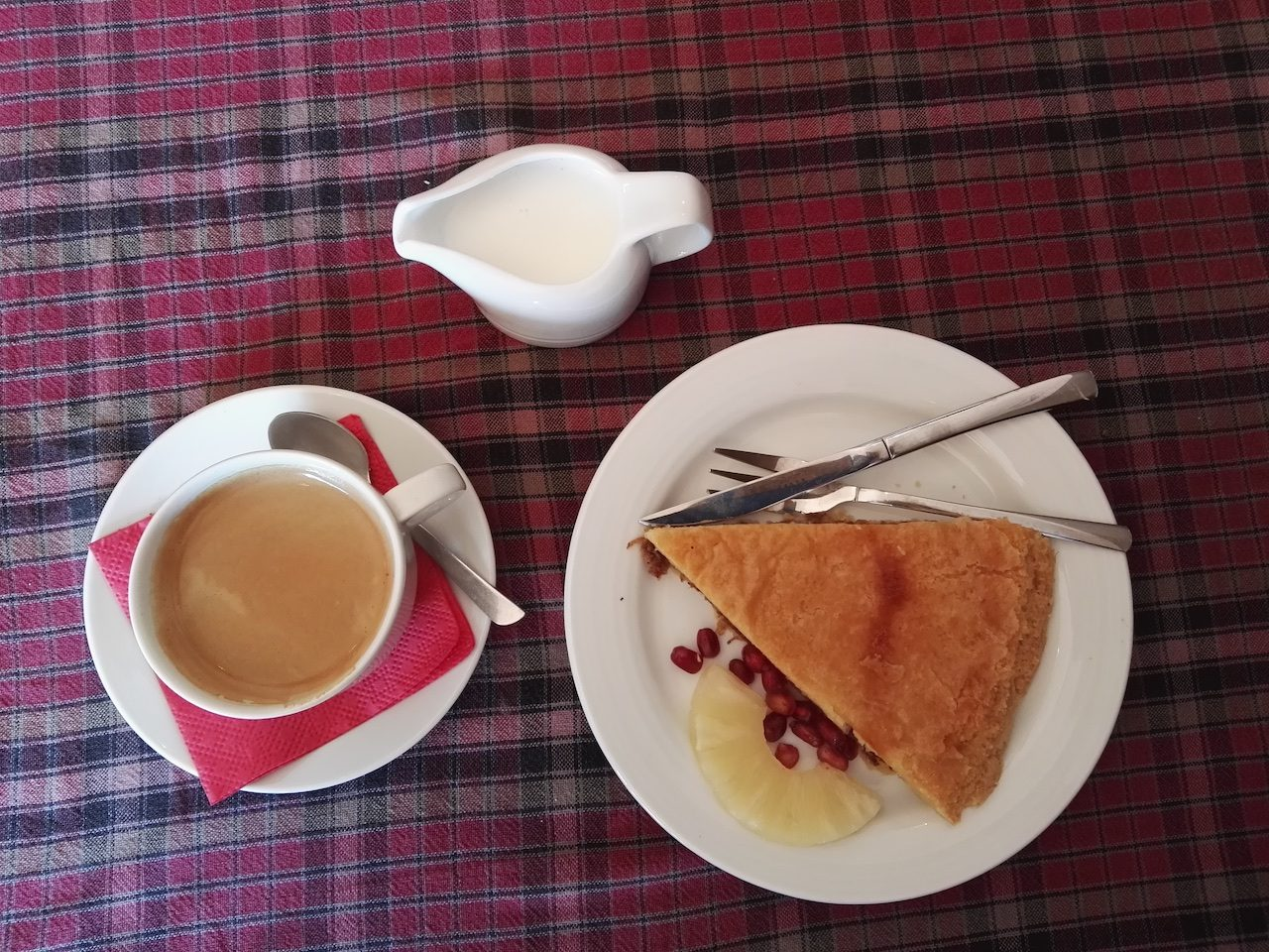 Coffee and apple pie