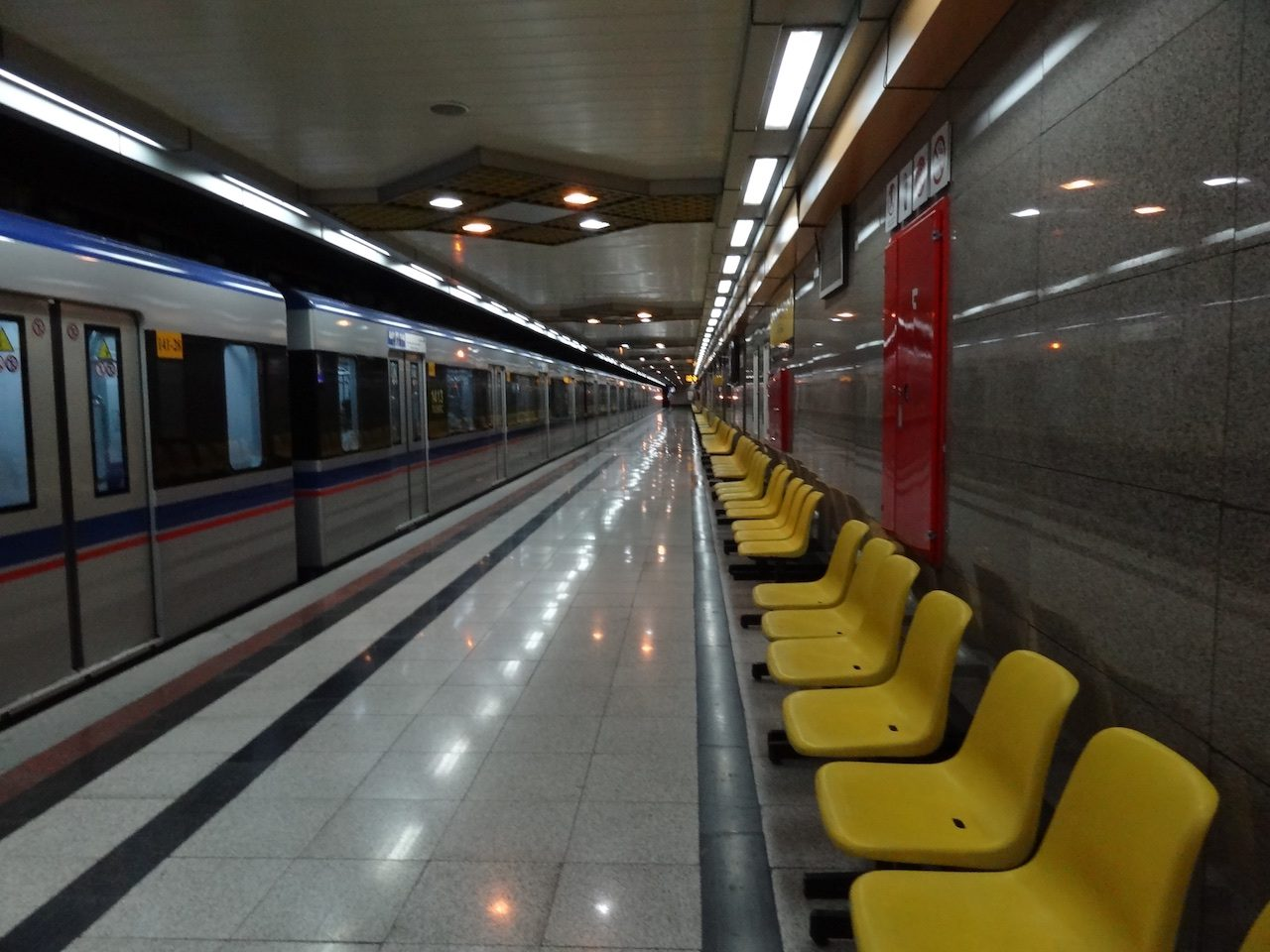 Spotless and empty Metro Station