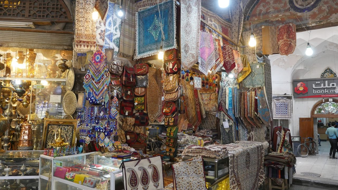 Qalamkars and other souvenirs in the bazaar at Esfahan